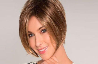 Parrucca di capelli veri o sintetica?